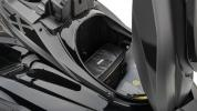 2020-Yamaha-FX-SHO-EU-Eclipse_Black-Detail-007-03_Mobile
